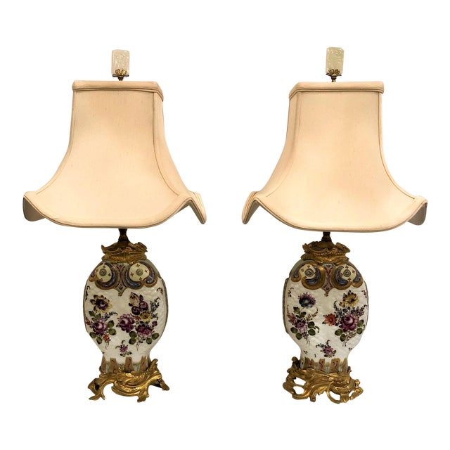 Pair Antique Chinoiserie Porcelain Lamps (Possibly Samson) With Ormolu Mounts. For Sale