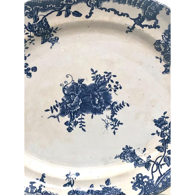 A 19th Century English blue and white Staffordshire platter, circa 1870