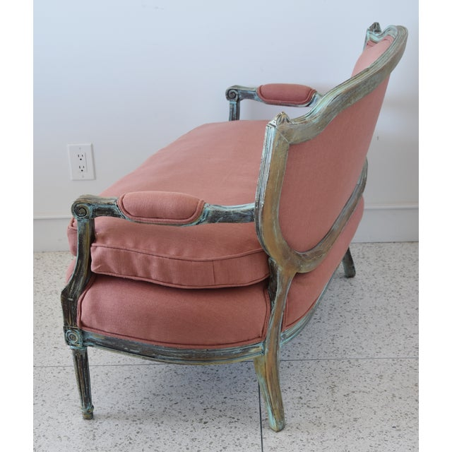 Rose Linen Upholstered Turquoise and Gold Gilt Accented Settee Loveseat For Sale - Image 9 of 13