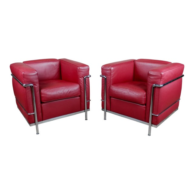 Le Corbusier Lc2 Red Leather Poltrona Armchairs by Cassina - A Pair For Sale
