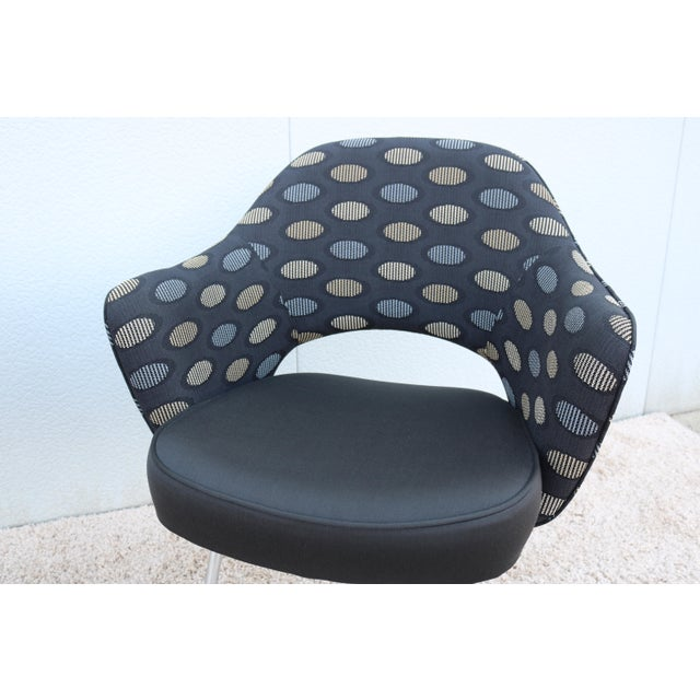 1950sMid-Century Modern Knoll Eero Saarinen Executive Arm Chairs - a Pair For Sale - Image 10 of 13