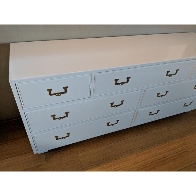 Metal 1960s Vintage Henredon Campaign High Gloss White Dresser Credenza Buffet For Sale - Image 7 of 10
