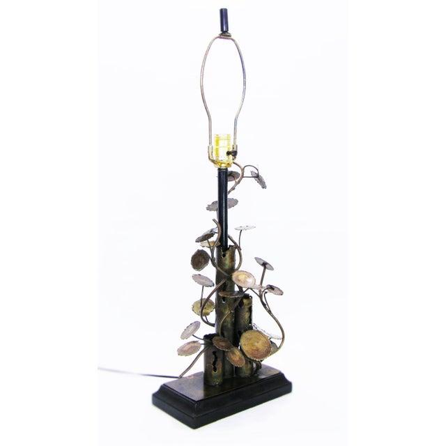 A must-have rare sculptural lamp for the Silas Seandel collector. Rare and original vintage Silas Seandel brutalist metal...