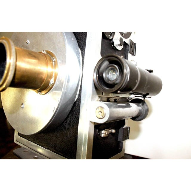 Gold Wilart, 35mm Cinema Camera, One Off Factory Prototype, Circa 1919. Display As Sculpture. For Sale - Image 8 of 10