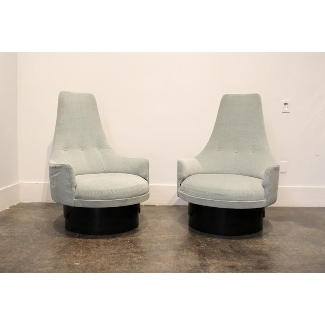 Black Pair of Mid-Century High Back Swivel Lounge Chairs by Adrian Pearsall For Sale - Image 8 of 8