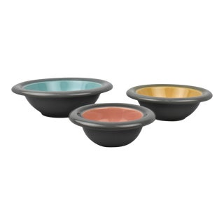Italian Modernist Franco Bucci Stacking Pottery Bowls for Laboratorio Pesaro - Set of 3 For Sale