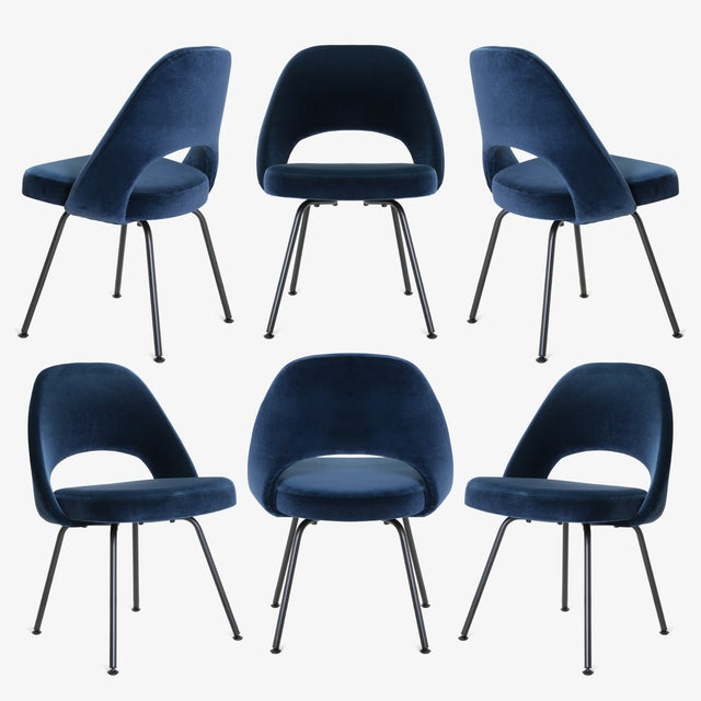 Saarinen Executive Armless Chairs in Navy Velvet, Obsidian Matte - Set of 6 For Sale - Image 13 of 13