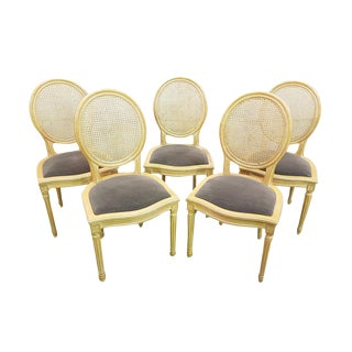 Set of Five French Vintage Provincial Cane Back Louis Light Gray XVI Medallion Dining Chairs For Sale