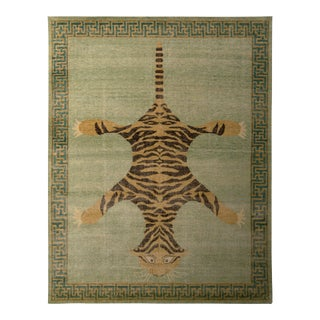 Handknotted Stretching Tiger Rug in Lush Sea Green, 10'x14'