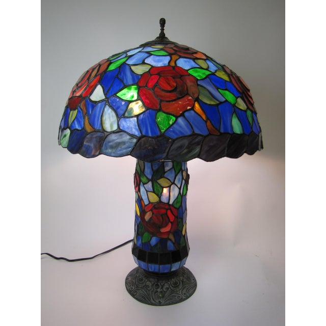 Tiffany Style Stained Glass Table Lamp - Image 2 of 5