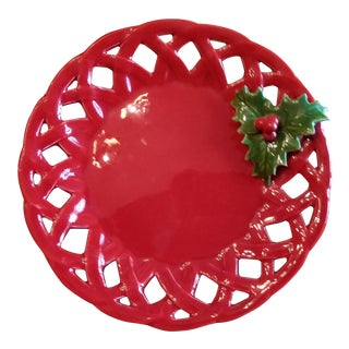 Dainty Majolica Trompe l'Oile Red Hollyberry Lace Edge Plate For Sale