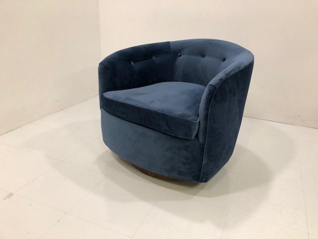Superbe Milo Baughma Style Barrel Swivel Chair   Image 2 Of 5