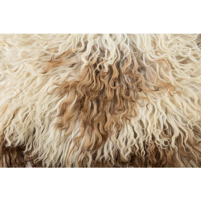 """2010s Contemporary Natural Sheepskin Pelt - 2'2""""x3'6"""" For Sale - Image 5 of 7"""