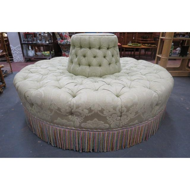 Stupendous 1960S Vintage Antique Style Tufted Round Banquette Sofa Ncnpc Chair Design For Home Ncnpcorg
