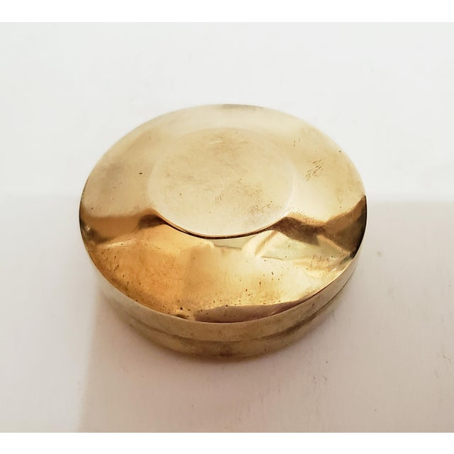 1970s Vintage Brass Aspirin Pill, You're a Pain Wood Box For Sale - Image 4 of 6
