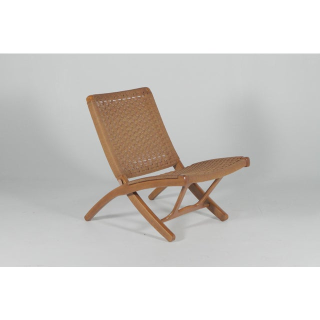 Mid-Century Modern Final Markdown 1960s Hans Wegner Style Folding Rope Lounge Chairs- a Pair For Sale - Image 3 of 10