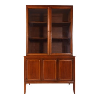 Mid Century Modern Broyhill Premier China Cabinet For Sale