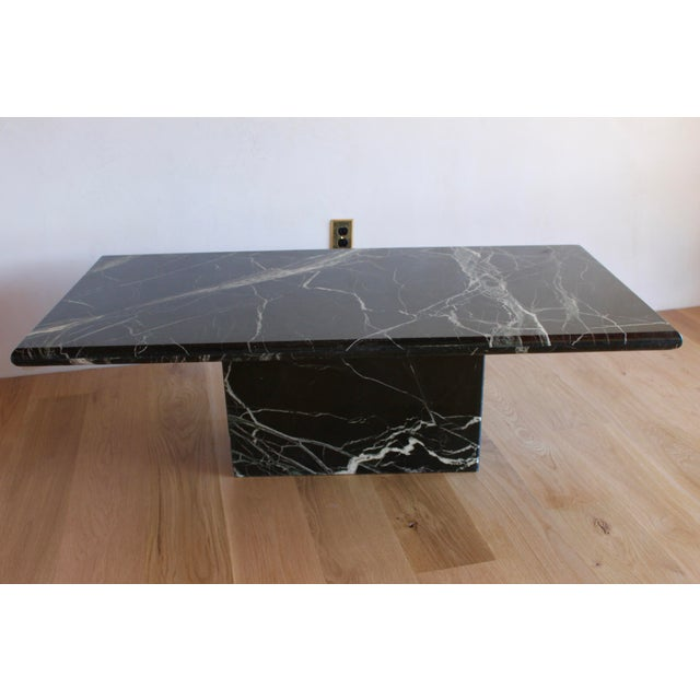 Sculptural Mid-Century Italian Vert d'Egypt Green Marble Pedestal Coffee Table For Sale - Image 9 of 13