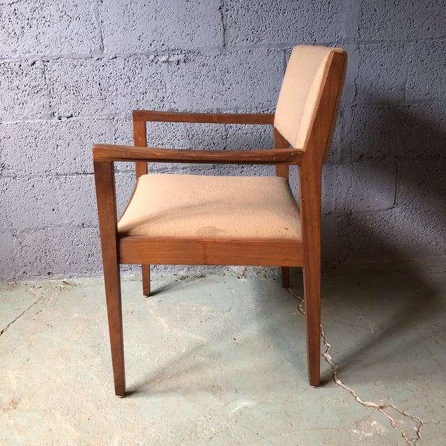 1960s Mid Century Modern Walnut Dining Armchairs- Set of 6 For Sale - Image 5 of 13