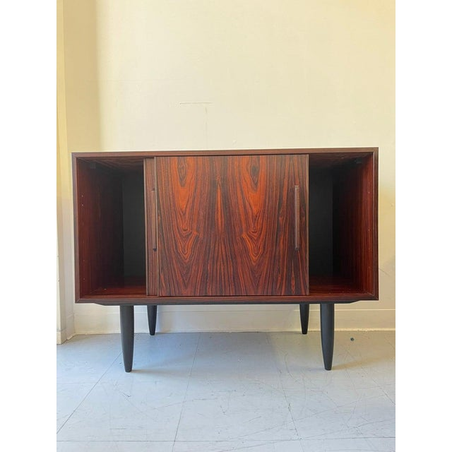 Mid-Century Modern 1960s Vintage Danish Rosewood Credenza For Sale - Image 3 of 4