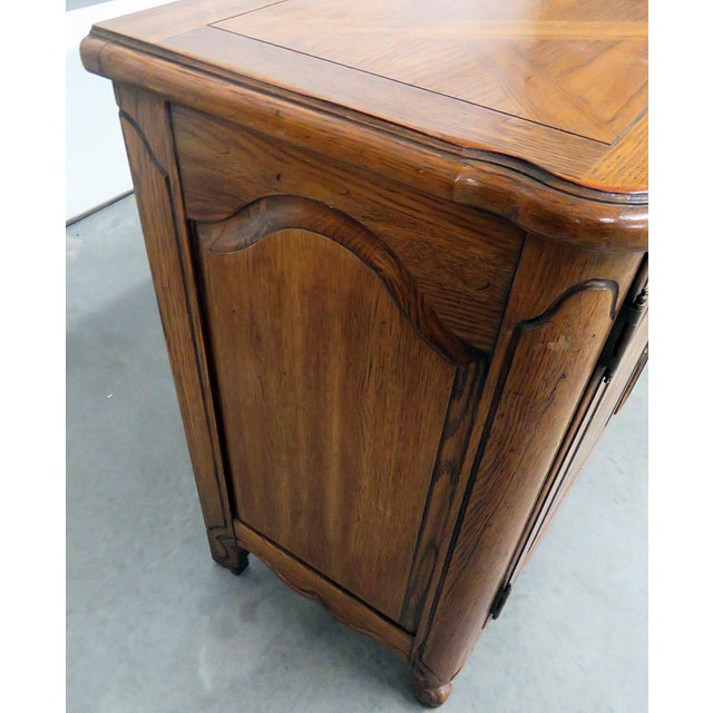 Brown Thomasville Country French Style Sideboard For Sale - Image 8 of 10