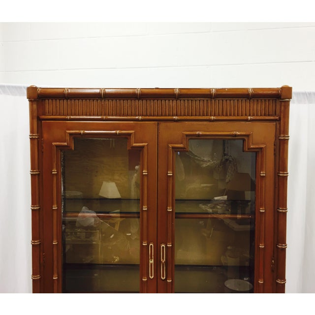 Vintage Chippendale Style China Cabinet - Image 4 of 10