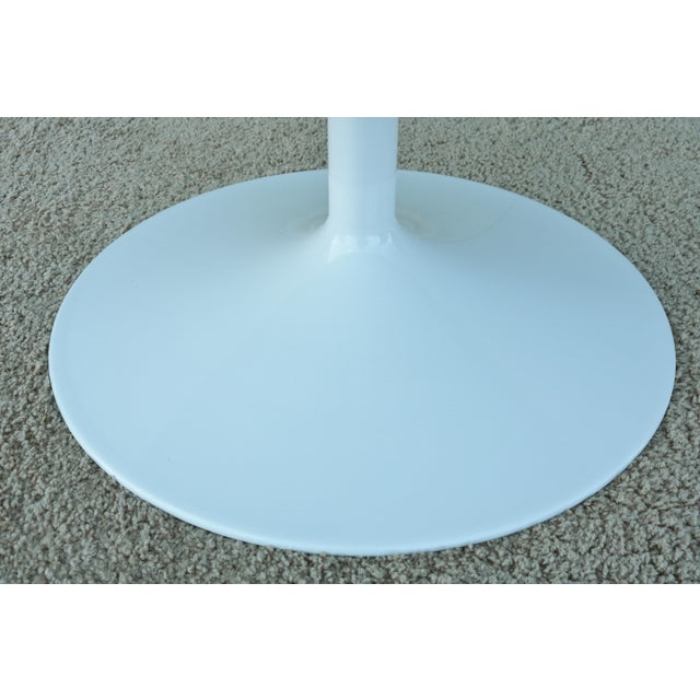 """1950s Mid-Century Modern Eero Saarinen Style 48"""" Round White Top Tulip Dining Table - Image 9 of 13"""