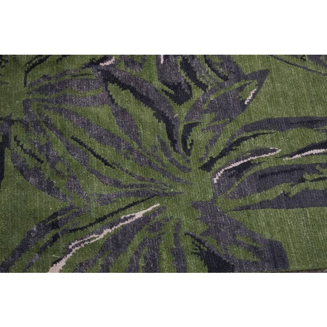 Exuberant Palmleaf-Patterned Hand-Loomed Wool Rug, Stephanie Odegard Collection - Image 5 of 7