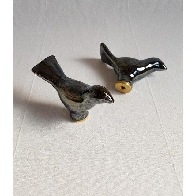 Contemporary Ceramic Bird Finial in Metallic Black For Sale - Image 3 of 6