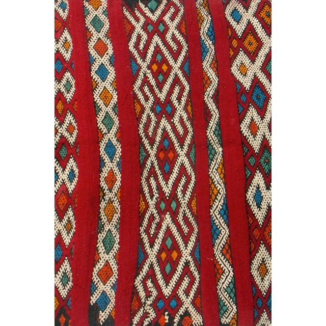 "Red Moroccan Berber Tribal Kilim Rug 3' 2"" x 5' 3"" - Image 4 of 5"