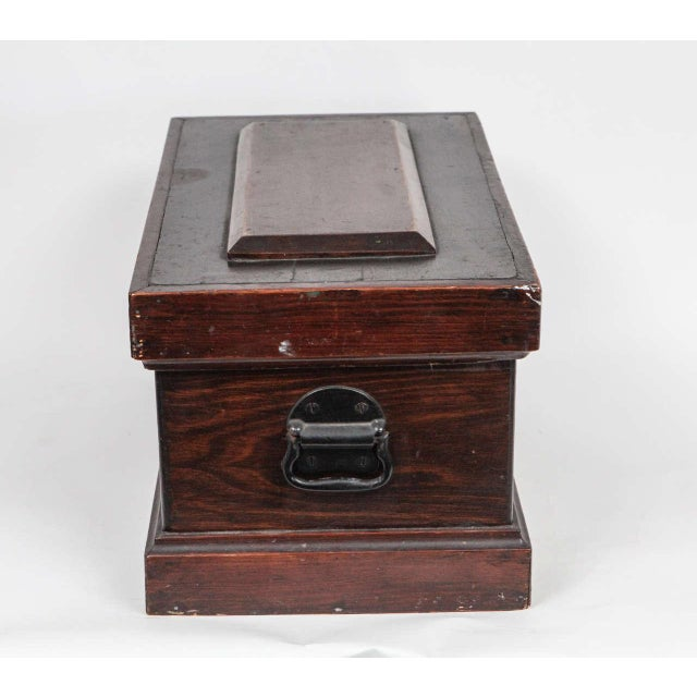 Small Carpenter's Chest C. 1900 For Sale - Image 4 of 10