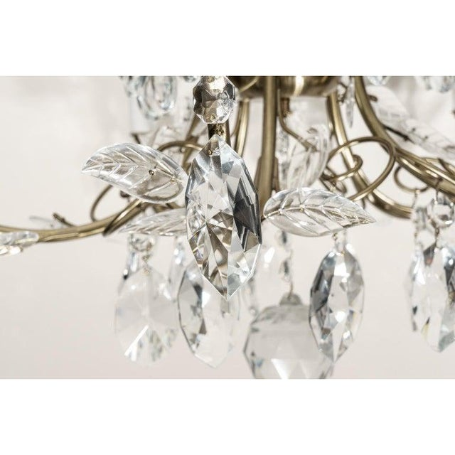 1980s Louis XV Style Crystal and Brass Chandelier For Sale - Image 5 of 11