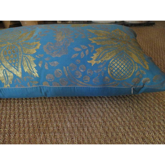 Contemporary Venetian Turquoise Blue and Gold Linen Pillow For Sale - Image 3 of 5