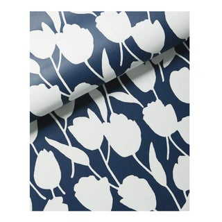 Serena & Lily Wallpaper - Graphic Tulip Floral - 1.75 Rolls For Sale
