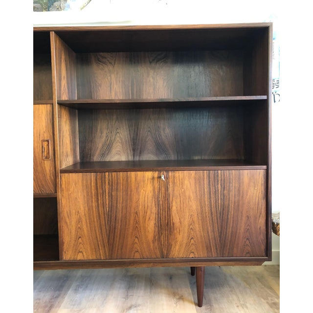 Danish Mid-Century Rosewood Display Unit For Sale In Seattle - Image 6 of 9