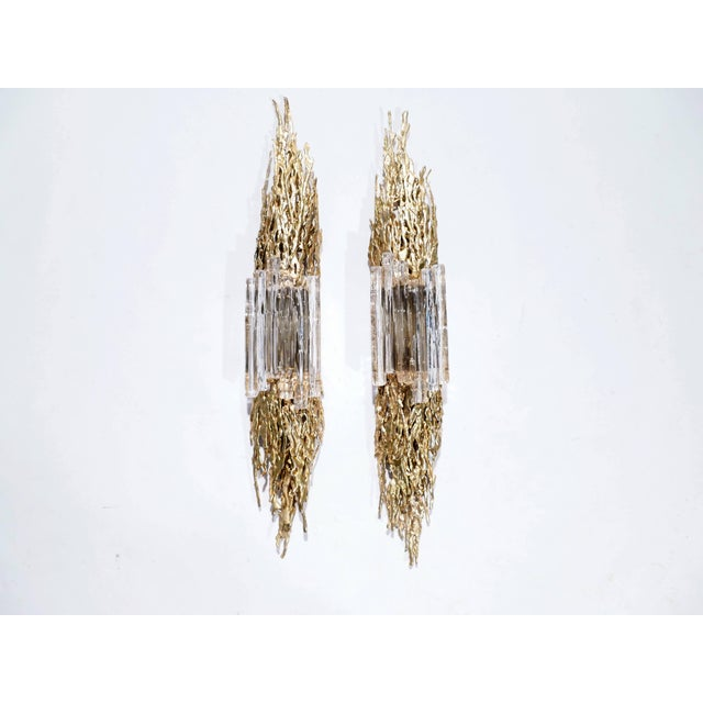 Despite having a substantial length of 110 cm / 43 inches, this pair of sconces has a level of detail that handmade, fine...