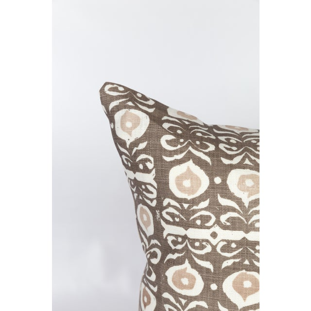 Pair of custom brown-and-ivory linen pillows made from Rapture and Wright's Iznik pattern fabric. Patterns on fronts,...