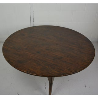 1970s Queen Anne Round Shape Coffee Table Preview