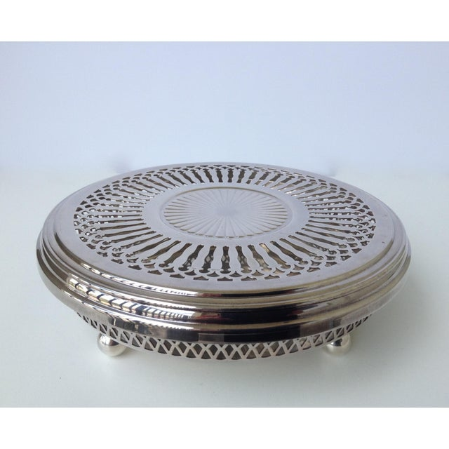 American Classical Silver Plate Celtic Platform Server Hot Plate Holder For Sale - Image 3 of 8