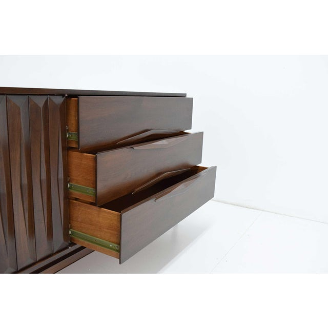 Mid-Century Modern Walnut Sculpted Sideboard For Sale - Image 4 of 11