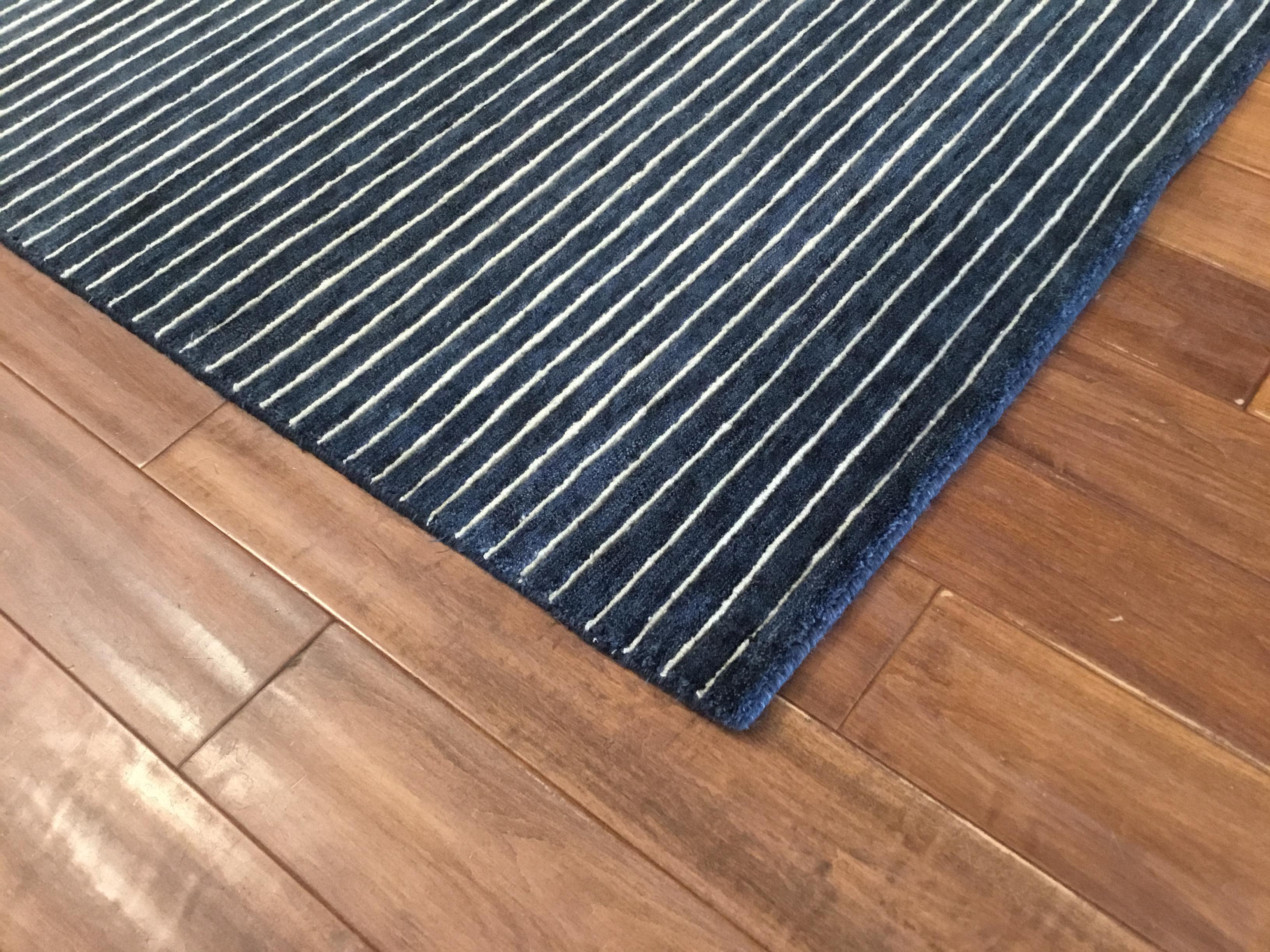 Lovely Contemporary Blue And White Striped Rug 10x14 Decaso