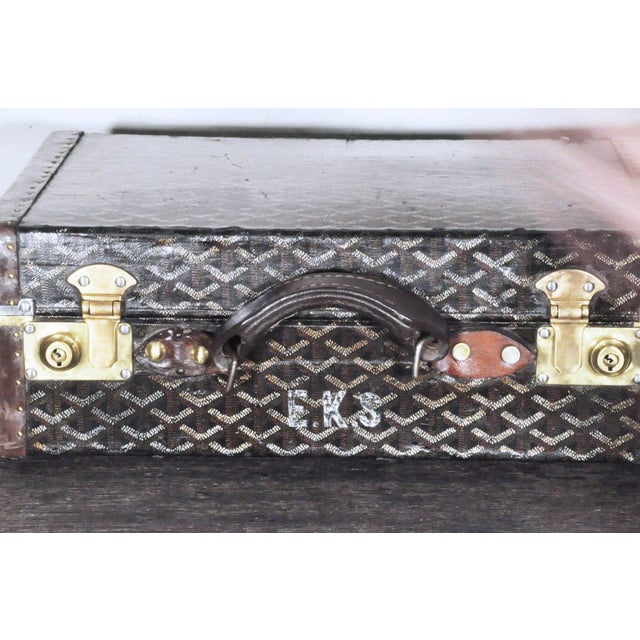 Mid 19th Century 19th Century Traditional Goyard Suitcase For Sale - Image 5 of 7