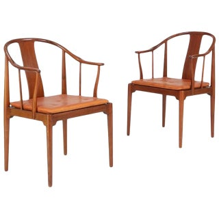 "1960s Vintage Hans J. Wegner for Fritz Hansen ""China"" Chairs- a Pair For Sale"