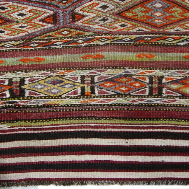 Boho Chic Vintage Sofreh Flatweave Turkish Kilim Rug - 3′1″ × 3′7″ For Sale - Image 3 of 3