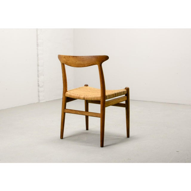 Mid-Century Oakwood and Woven Cane Side Chair W2 by Hans J. Wegner for c.m. Madsen, 1953 For Sale - Image 6 of 11