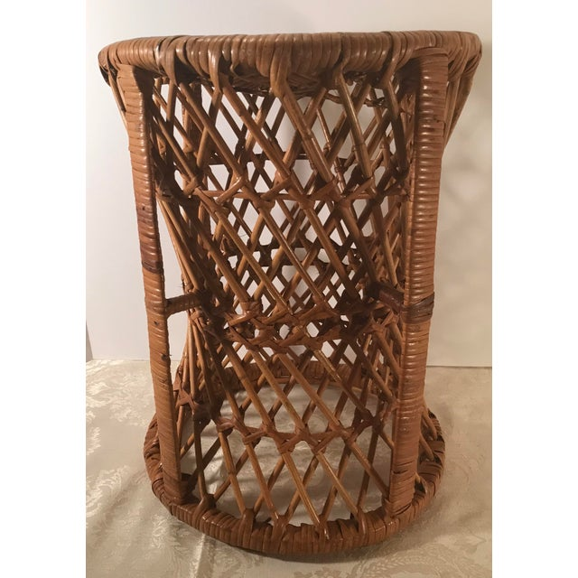 Mid 20th Century Vintage Mid-Century Modern Wicker Stool or Plant Stand For Sale - Image 5 of 8