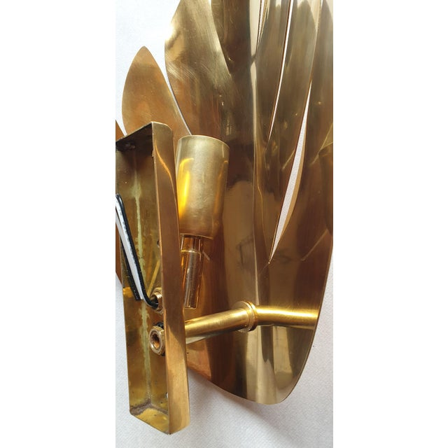 Metal Brass Stylized Leaf Mid Century Modern Sconces, France 1970s, 2 Pairs For Sale - Image 7 of 9