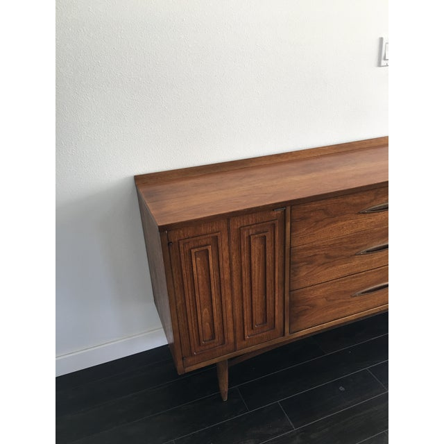 160s Mid Century Modern Broyhill Sculptura Walnut Credenza For Sale - Image 10 of 13