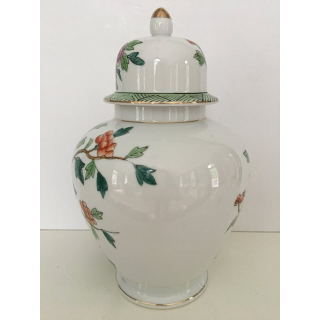 Mid-Century Norleans Chinoiserie Lidded Urn - Made in Japan For Sale - Image 4 of 10