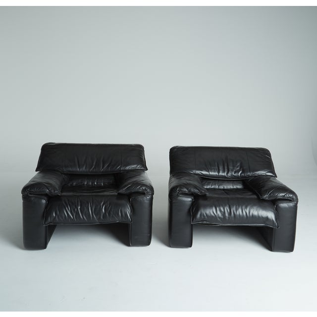 Black Leather Italian Club Chairs - Pair - Image 4 of 11